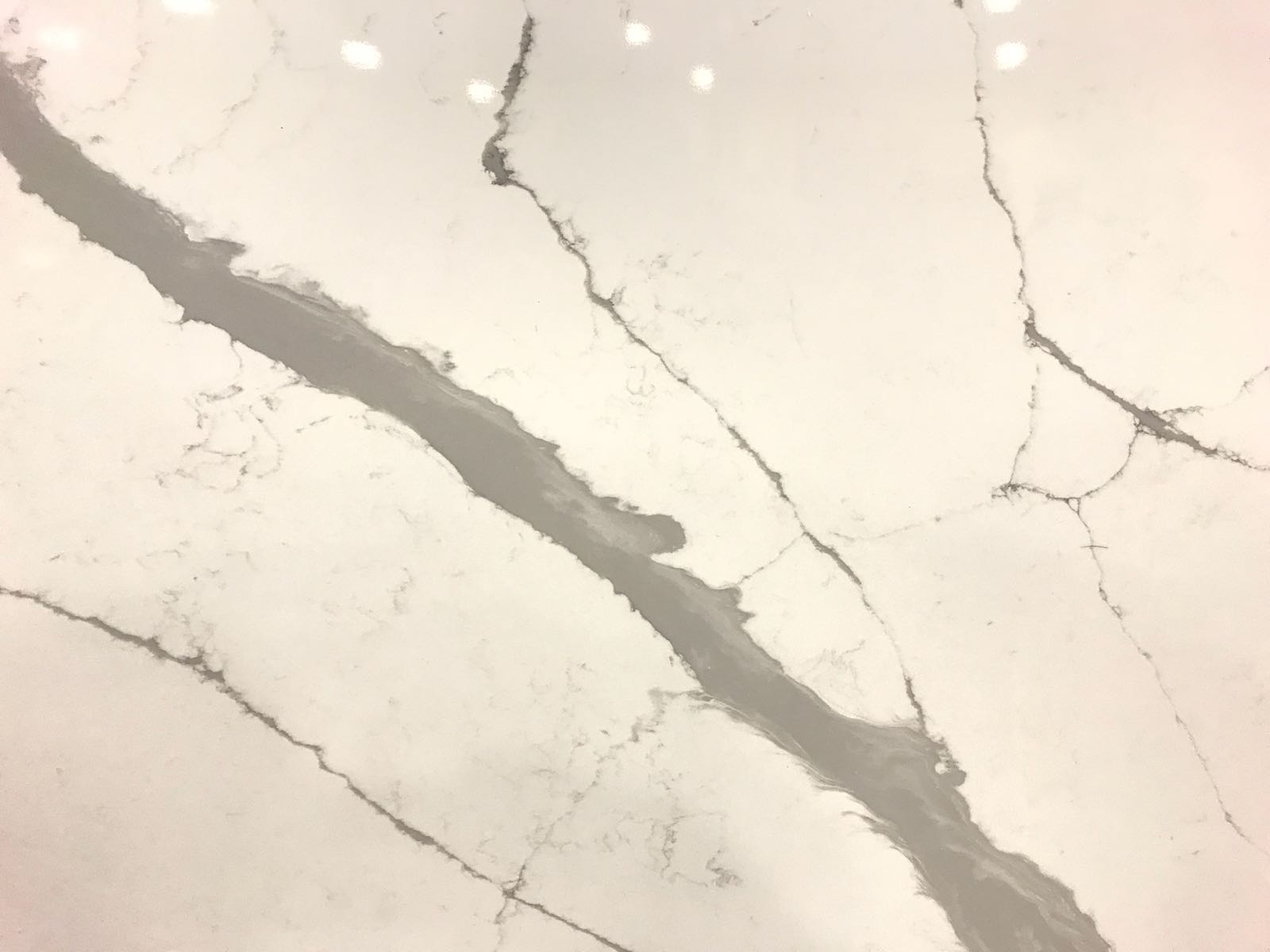 Bellagio Quartz Slab 30 Mm